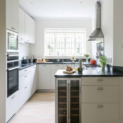 providing modular kitchens in gurgaon since 2007, we are the largest manufacturers for modular kitchen & wardrobe