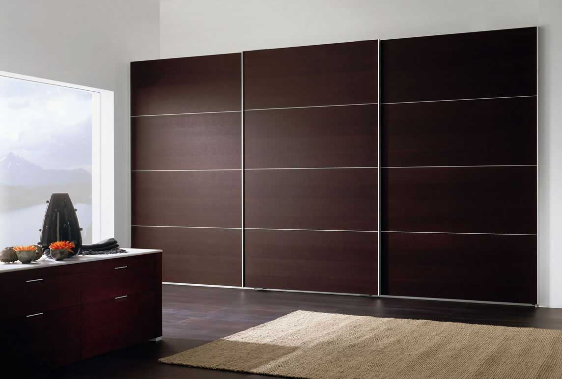 beautiful veneered sliding wardrobes by the design indian wardrobe company in gurgaon & delhi
