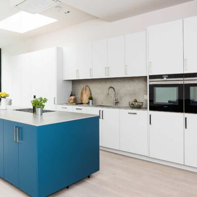 white modular kitchens installed in gurgaon with hafele fittings and hardware